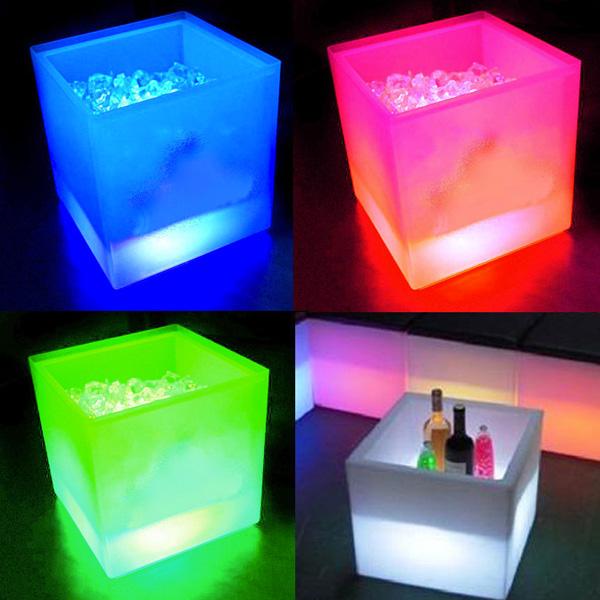 LED Eiswürfelbehälter